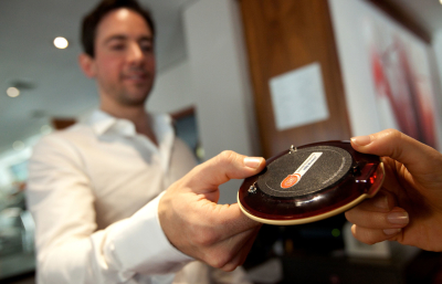 Радиосистема вызова официантов «R-CALL»: кнопки вызова официантов